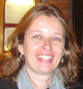 Ana Claudia Puntoni